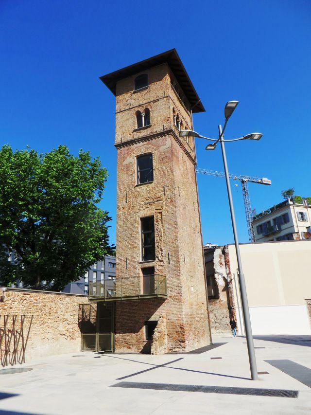 Milano  Torre dei Gorani (XI sec.)