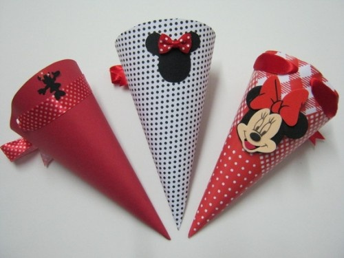 Minnie or mickey mouse favor cones mason 39 s mickey mouse - Manualidades minnie mouse ...