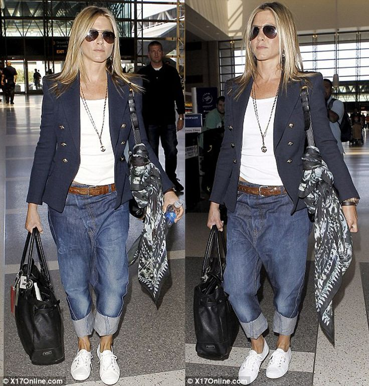 Jennifer Aniston Casual Style Famous People Style Pinterest