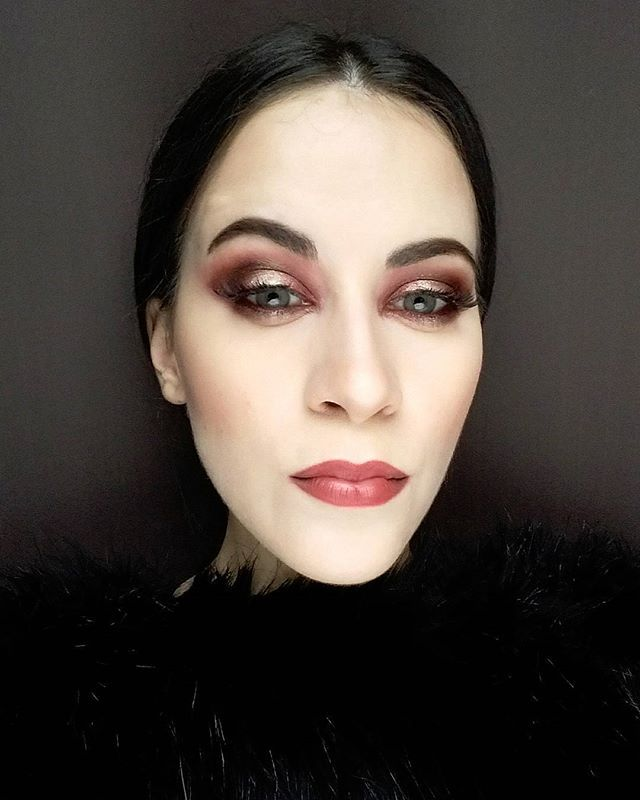 #makeup #mua #mywork #myface #hungarianmakeupartist #Budapest #paleskin #brick #copper #shine #conturing #falselashes @anastasiabeverlyhills #dipbrow  @flormarhungary #lips #wickedwitch #wicked