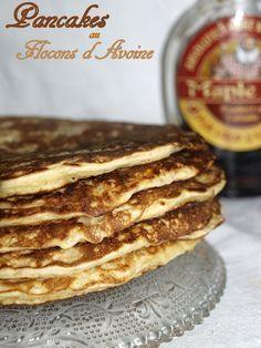 Il y avait longtemps que je n'avais pas fait de pancakes pour le goûter ou le petit déjeuner , j'ai testé cette recette avec des flocons...