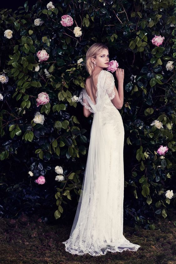 とろみのある質感がやみつきになる♡『ジェニー・パッカム』のラグジュアリーなドレス特集♡にて紹介している画像