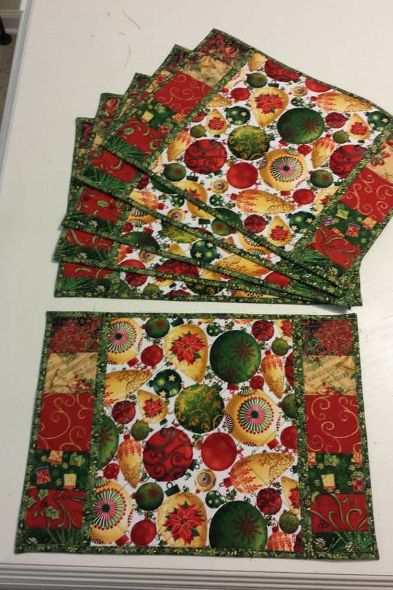 Quilted Christmas Placemats by WatalulaQuilts on Etsy