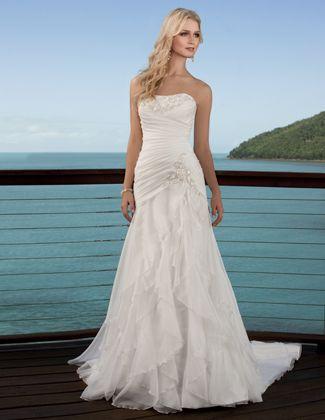 101 best wedding dress images on Pinterest | Homecoming dresses ...