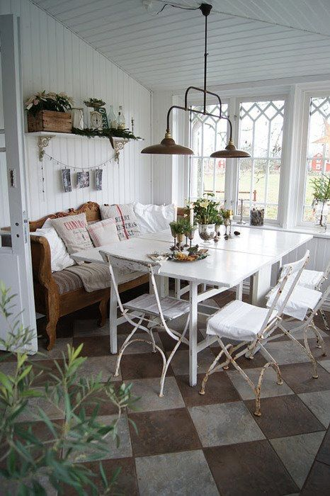 Porch dining area love the wood couch only with farmhouse for Sunroom breakfast nook