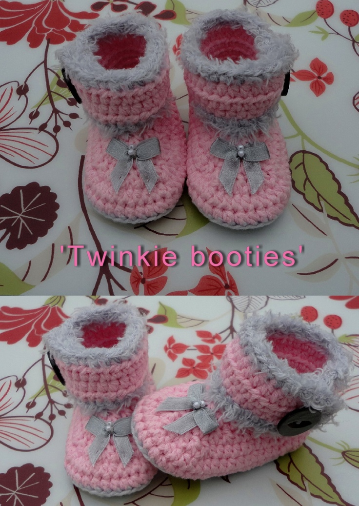 Made by Marian. Model 'Twinkie-booties '. I used a pattern of www.tjeempie.com and styled in my own way.