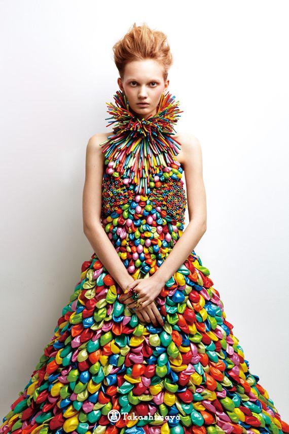This girl makes balloon dresses...
