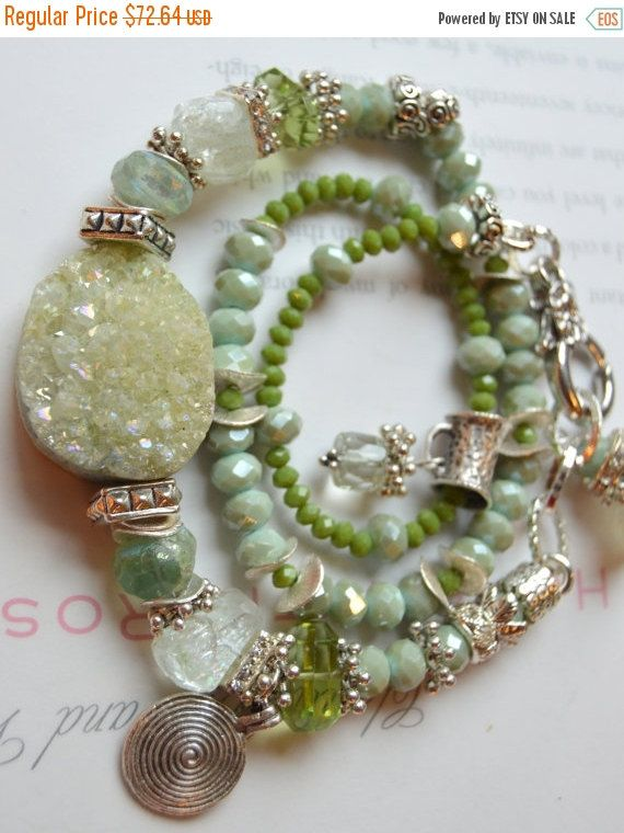 ON+SALE+druzy+bracelet+fluorite+bracelet+peridot+by+soulfuledges