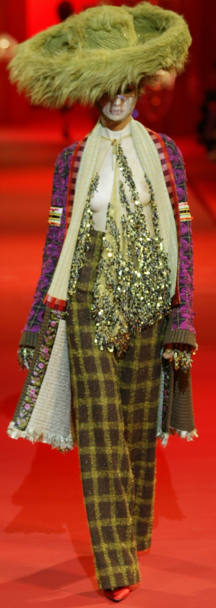 ~Christian Lacroix Haute Couture Fall-Winter 2002 | The House of Beccaria#