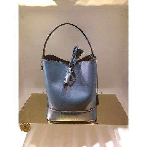 Louis Vuitton NN14 bucket bag Contact me to Shop&Ship it for YOU and deliver at your place: nat@mypersonalshopping.com