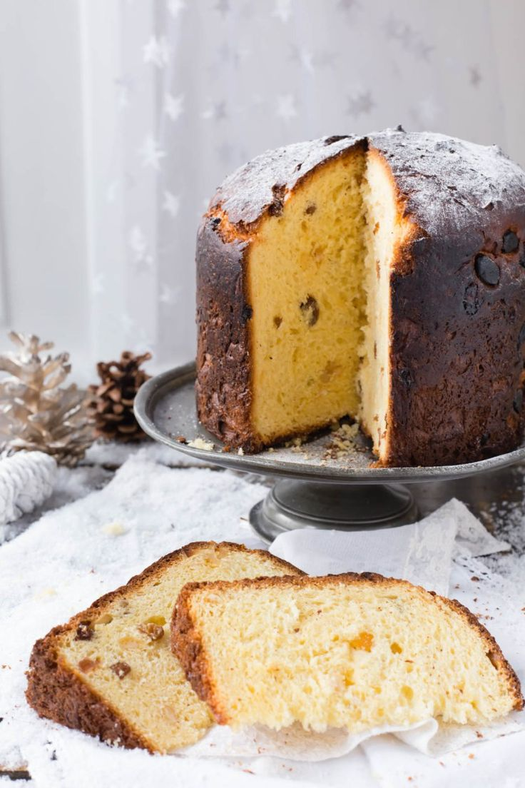 How fluffy and amazing does this Thermomix Panettone look? Great gift idea for xmas | Thermomix Baking Blogger