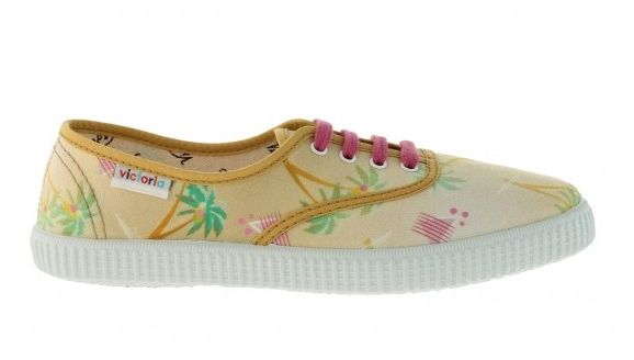 Zapatillas con estampado de palmeras de Victoria