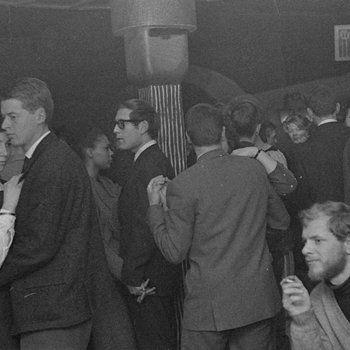 1960's. Dancing at Jazzclub Sheherazade in the Wagenstraat in Amsterdam. Photo MAI Beeldbank. #amsterdam #1960 #Sheherazade
