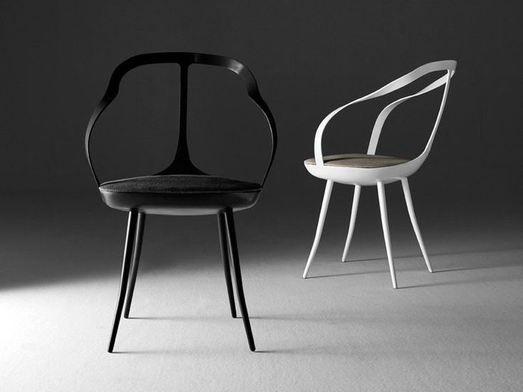 """Park Associati's first design collaboration with DriadeFilippo Pagliani and Michele Rossi used to deal with 'space'. They presented Mollina, """"a light and intentionally 'trasparent' seat""""."""