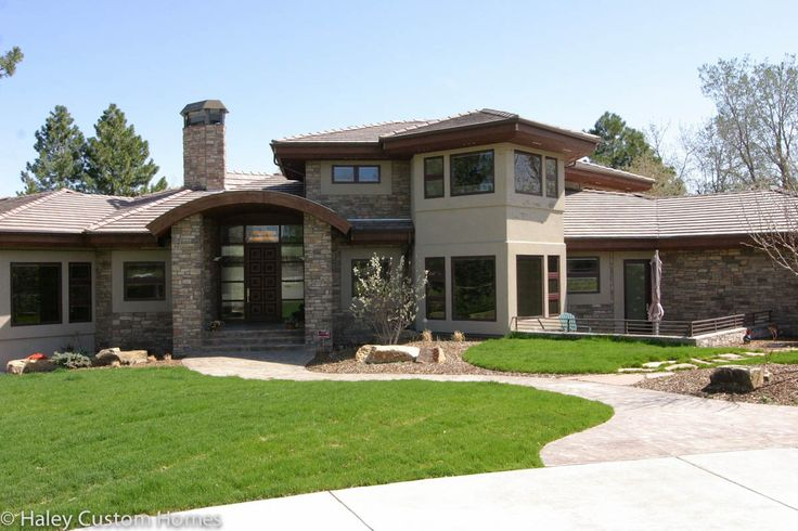 59 best images about exterior makeover on pinterest for Custom modern home plans