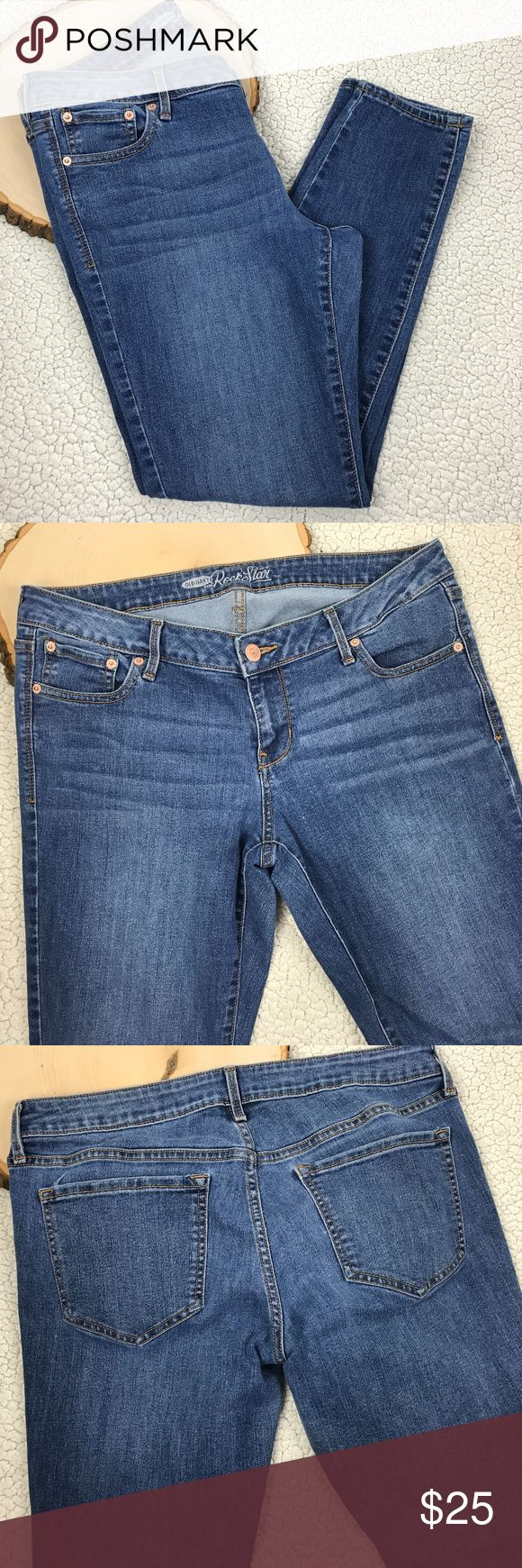 OLD NAVY ROCKSTAR Jeans Size 14 reg Denim Pants OLD NAVY ROCKSTAR Jeans Size 14 regular Denim Pants Women's Casual Fashion   Gently Worn - PA83 - Measurements (FLAT LAY in inches) Waist:18  Inseam: 29  Please see photos for detail. Old Navy Jeans
