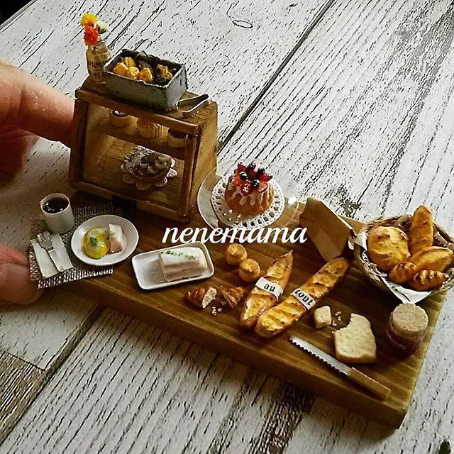 義母のお友達へプレゼント♪ * #ミニチュア #ミニチュアフード #食品サンプル #ドールハウス #粘土 #ハンドメイド #ディスプレイ  #男前インテリア #アンティーク #スイーツ #ケーキ #パン #miniature #miniaturefood #sweets #clay #cake #bread #dollhouse