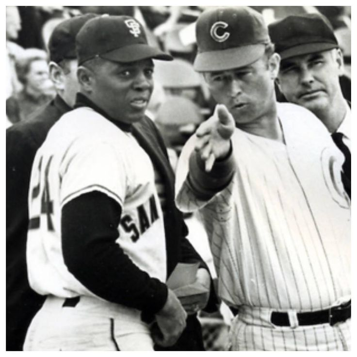 Giants Willie Mays and Cubs Ron Santo go over ground rules before a game.  #ChicagoHistory #Cubs #Giants