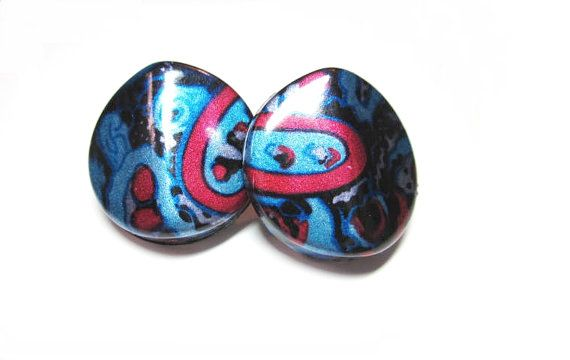 Button Post Earring  Abstract Design  Light by AllYouNeedIsBeads, $9.99