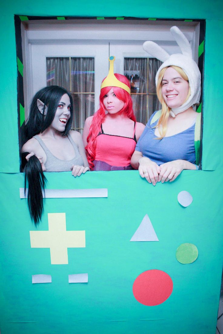 Adventure Time party: BMO photobooth
