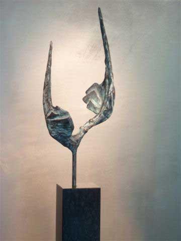 Piets Althuis - Verbonden - bronzen sculptuur >>>><<<<< Piets Althuis - connected - bronze sculpture