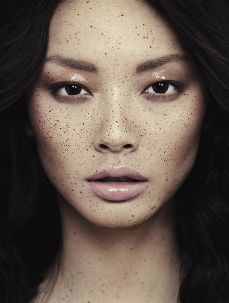 Soft Bronze Smokey Eye. Freckles are Beautiful. Nude Lip.