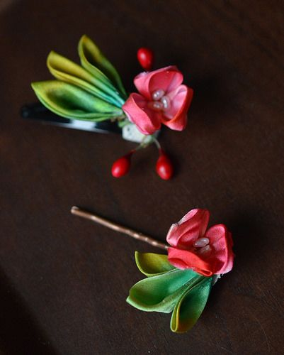 Holly Kanzashi 2 | por Bright Wish Kanzashi