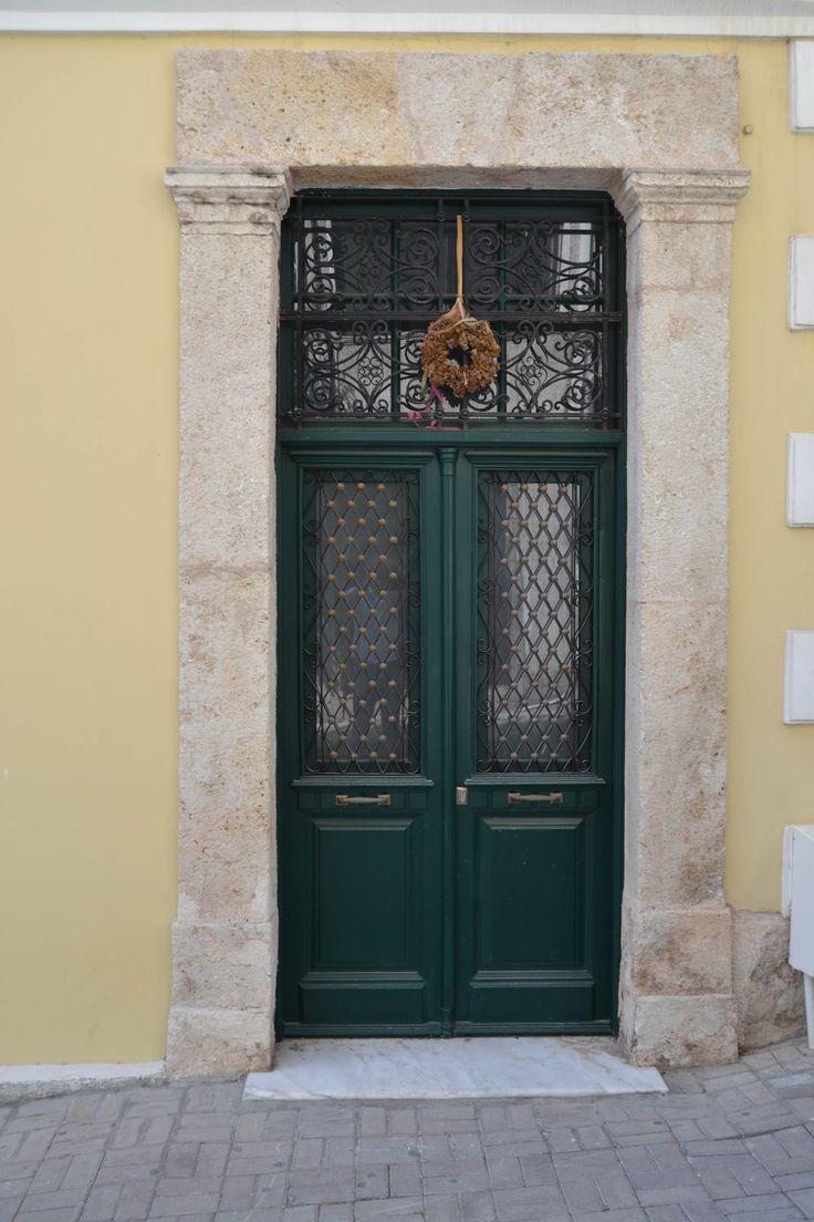 Nikolas Dorizas Architect Architettura IUAV Venezia Tel: +30.210.4514048 Address: 36 Akti Themistokleous – Marina Zeas, Piraeus 18537. ΑΝΑΣΤΗΛΩΣΗ ΝΕΟΚΛΑΣΙΚΟΥ ΚΤΙΡΙΟΥ. ΜΟΝΟΚΑΤΟΙΚΙΑ ΟΔΟΣ ΣΩΤΗΡΟΣ & ΘΕΑΤΡΟΥ, ΠΕΙΡΑΙΑ. RESTORATION OF A NEOCLASSICAL BUILDING INTO A SINGLE FAMILY RESIDENCE. SOTIROS & THEATROU STREET, PIRAEUS,GREECE