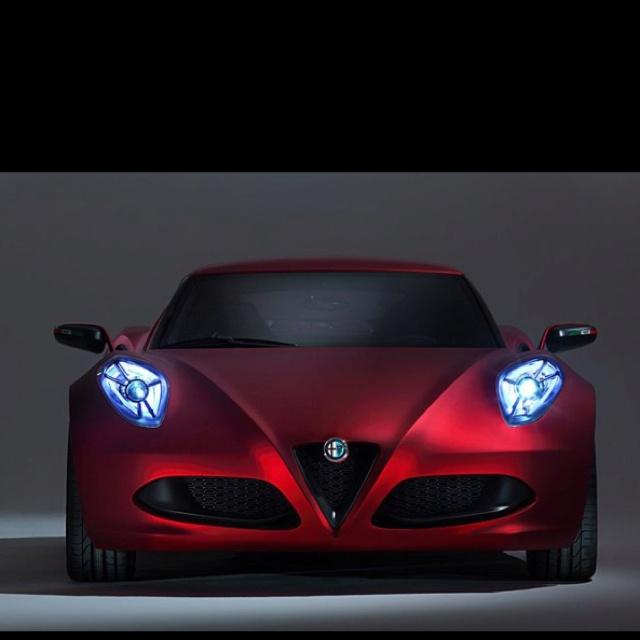 Alfa Romeo Super Car Wallpapers (73 Wallpapers)