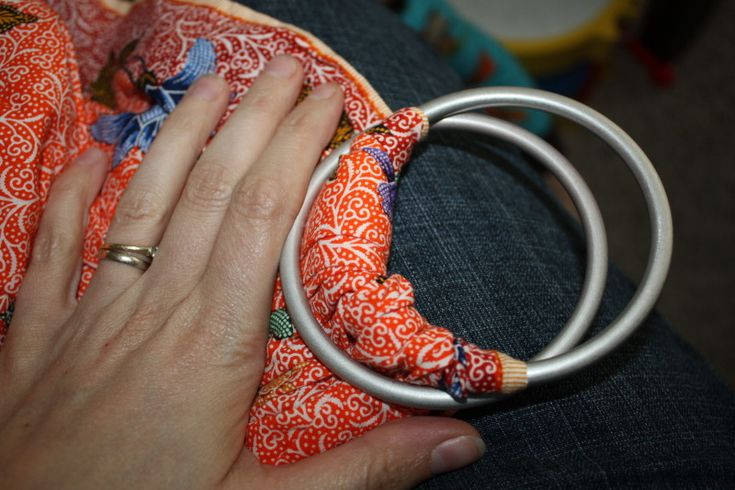 How to Make a No-Sew Ring Sling | The Mommy Dialogues