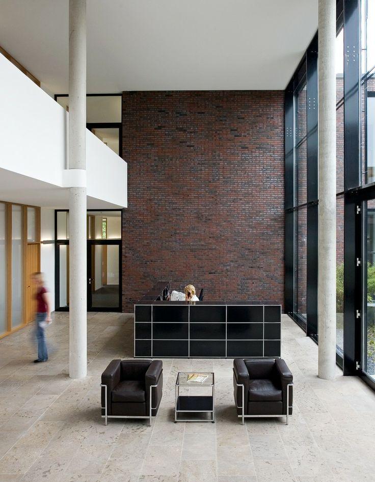 die besten 25 b ro empfangsbereich ideen auf pinterest moderner empfangsbereich b roaufnahme. Black Bedroom Furniture Sets. Home Design Ideas