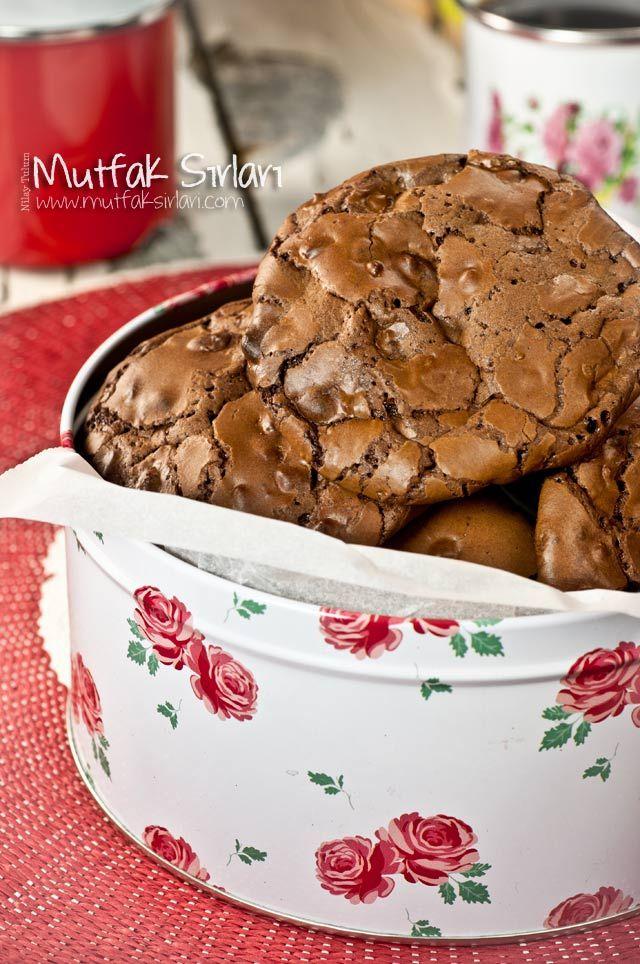 Yoğun Çikolatalı Kurabiye Tarifi