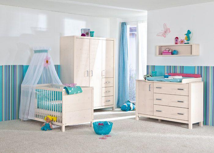 Superb Babyzimmer Pinetta mit Kastenm bel in Fichte massiv wei und breiter Kommode