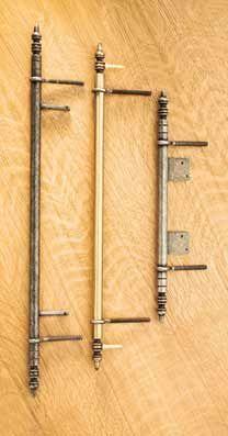 Armoire, or barrel, hinges. Brass or steel.  ets J.BROS Manufacture de quincaillerie décorative pour le bâtiment et l'ameublement, paumelles, caches paumelles, fiches, poignées, boutons, anneaux.