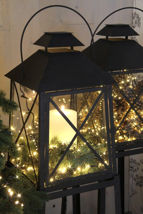 kleine kerstboom in vensterbank - Google zoeken