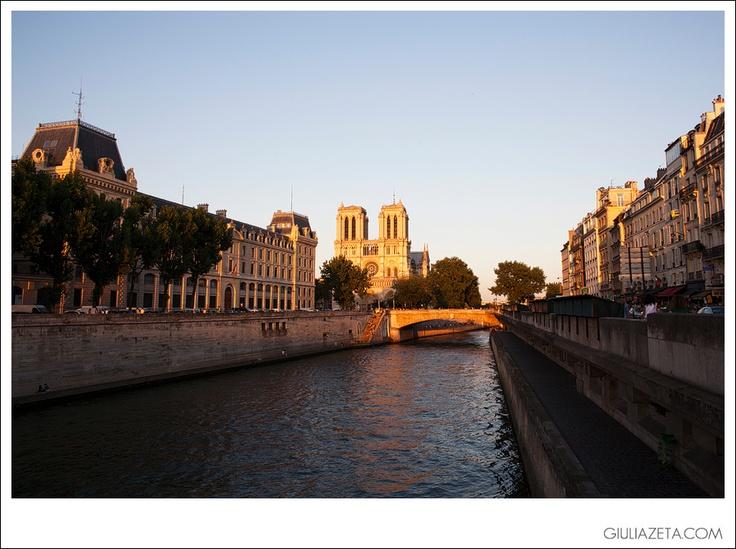 view of #Notre #Dame at #sunset, #Paris summer 2012   veduta di Notre Dame al #tramonto, #Parigi estate 2012 [copyright GIULIAZETA.COM]