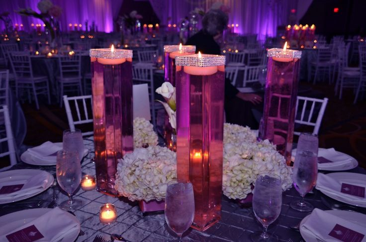 centerpieces: easy to do / tall square vase with rhinestone and floating