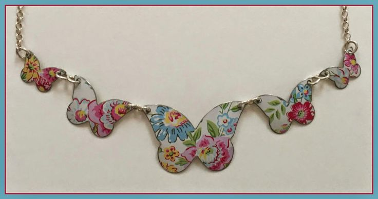 Lavender likes, loves, finds and dreams: Butterfly Necklace Giveaway