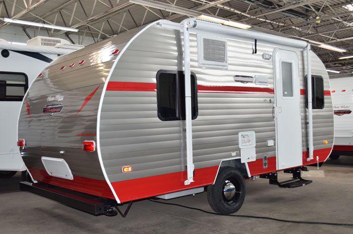 les 25 meilleures id es de la cat gorie new travel trailers sur pinterest caravanes pliantes. Black Bedroom Furniture Sets. Home Design Ideas