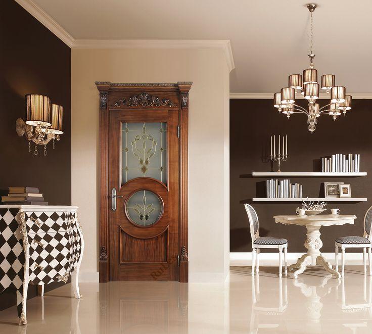 """Дверь """"Версаль"""" в отделке """"американский орех"""", багет """"Капля"""". Витраж с бевелсами """"Versale"""". Капитель """"Королевская"""". #двери #межкомнатные #интерьер #дизайн #interior"""