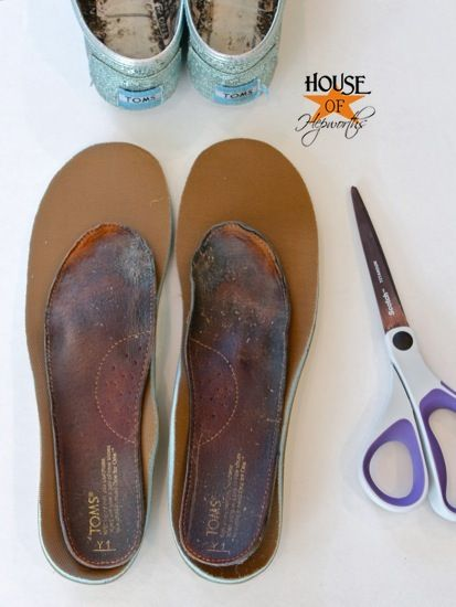How to replace TOMS (or any shoes) insoles