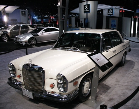 52 best unfkwbl mb project images on pinterest cool cars for Mercedes benz chicago service