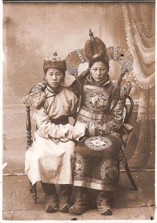 Mongolian royalty.  East Asian history.