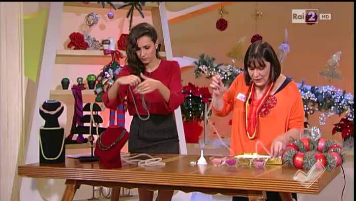 Le collane brillanti di Donnarita e le ghirlande di Natale - Detto fatto 11/12/14