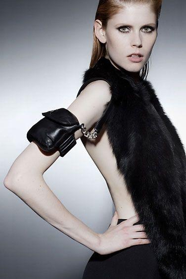 Танцевальная сумочка или сумочка для танцев (трафик) / Сумки, клатчи, чемоданы / ВТОРАЯ УЛИЦА
