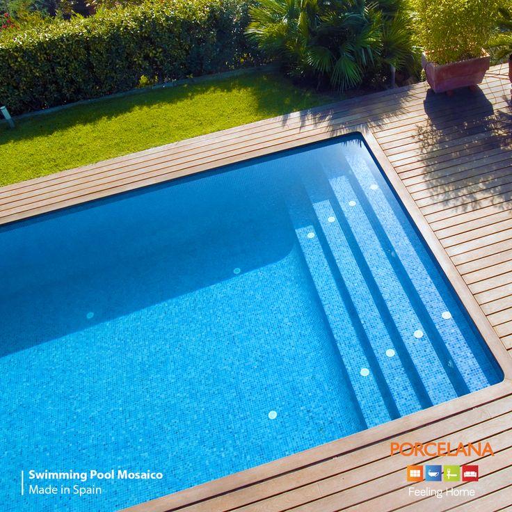 Μια εκλεπτυσμένη όαση δροσιάς μπορεί να σας μυήσει σε ένα ξεχωριστό SummerMood! Βουτήξτε σε έναν κόσμο υψηλής αισθητικής επενδυμένο με ψηφίδες από 98% recycle glass & #enjoythesummer! #SwimmingPool #Mosaico