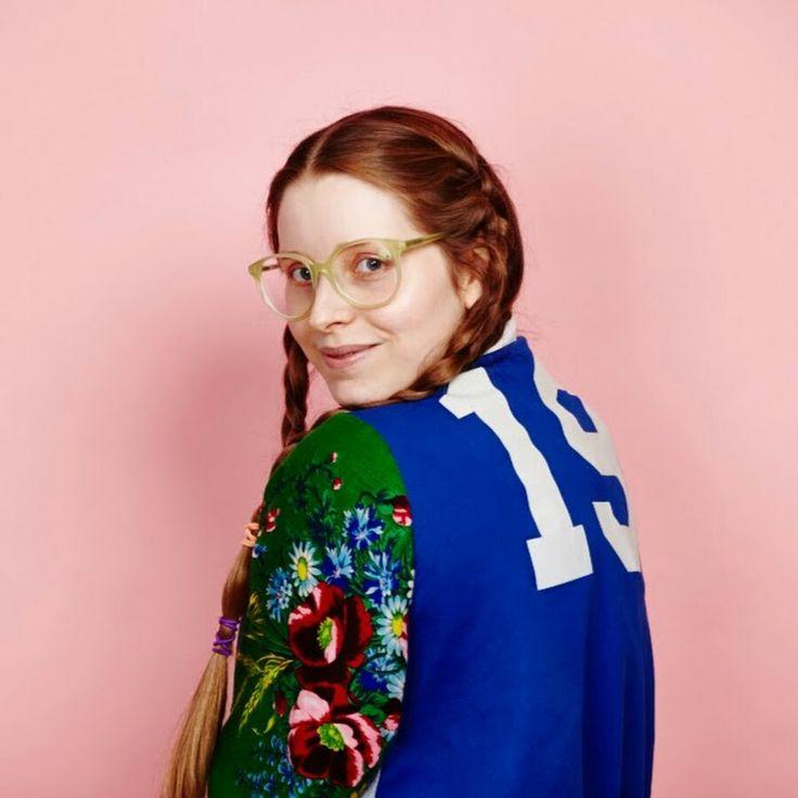 Jessie Cave in 2020 | 007 woman, Lavender brown, Women