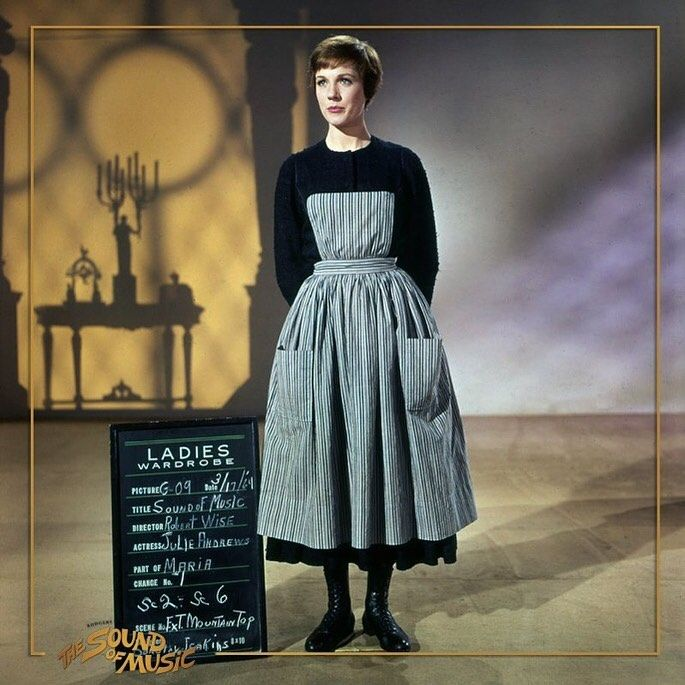 Pin By Tina Cosio On The Sound Of Music And Mary Poppins Sound Of Music Costumes Sound Of Music Beautiful Costumes