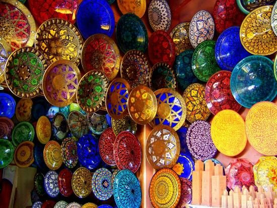 Marrakech Souk: the many amazing designs on hand painted plates/bowls