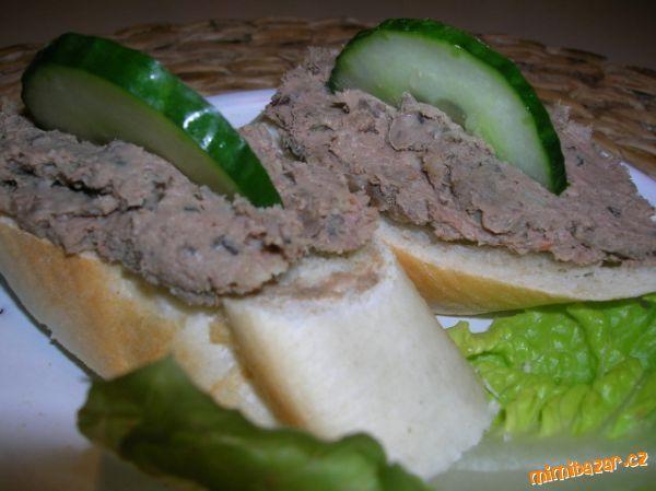 Jednoduchá domácí paštika aneb víte co jíte :-)
